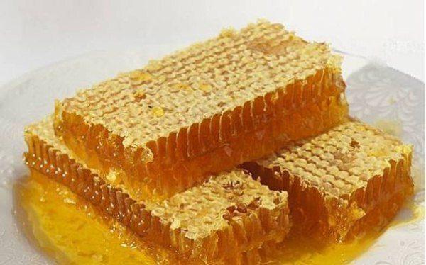 Panales con hierbas de miel